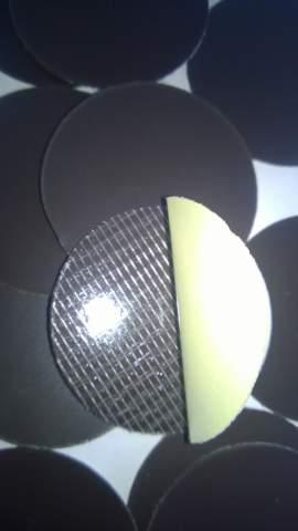 43. Öntapadó mágnesfólia (vágott) - átmérő 40mm