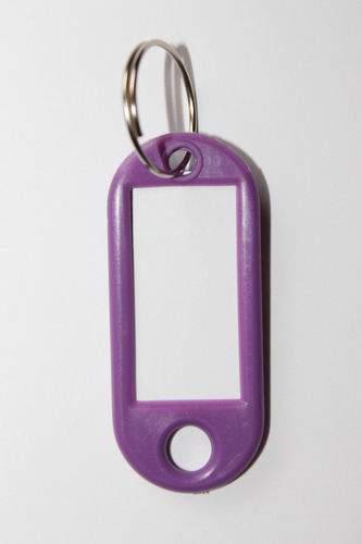 24. Bilétás kulcstartó - lila